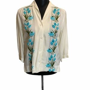 Vintage 70's Blouse White with Aqua Embroidery
